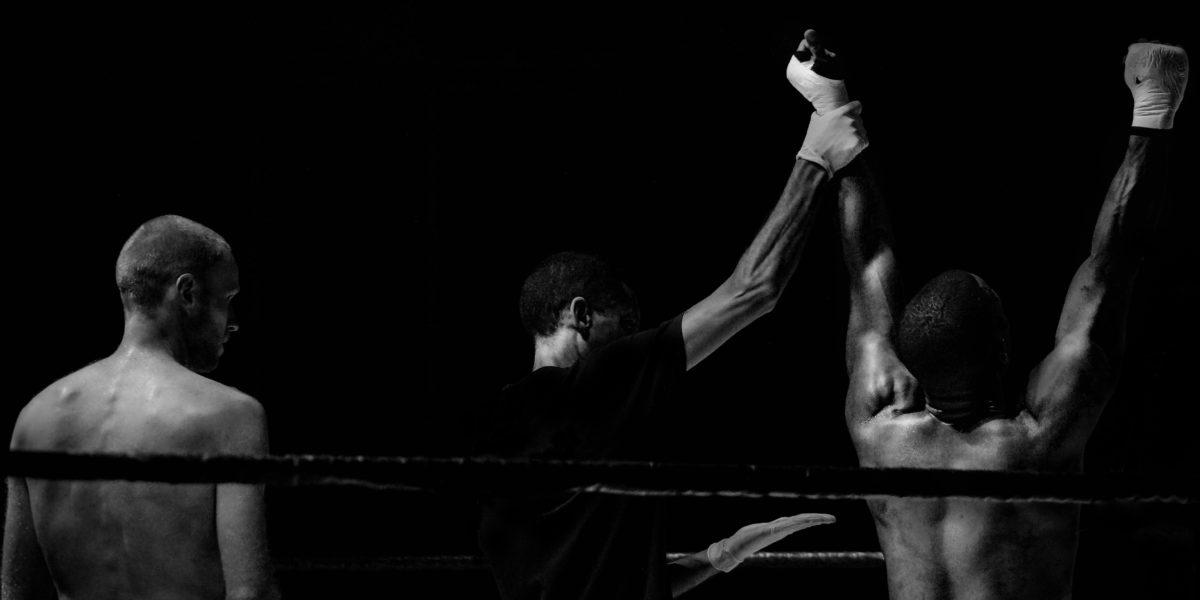 boxe campione spalla